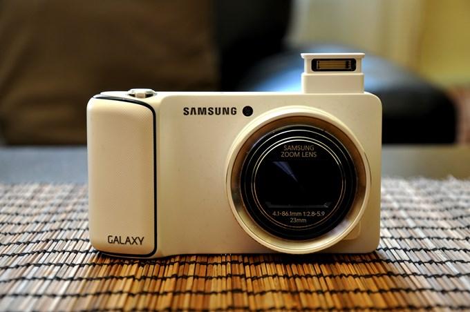 Samsung-galaxy-camera