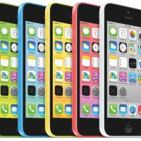 iPhone-5c-family-gree-blue-yellow-red-white